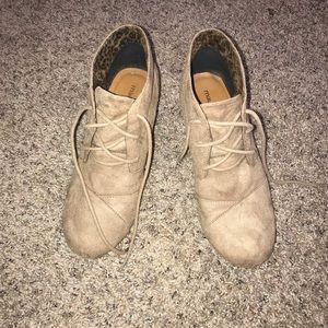 Lace up wedge heel bootie